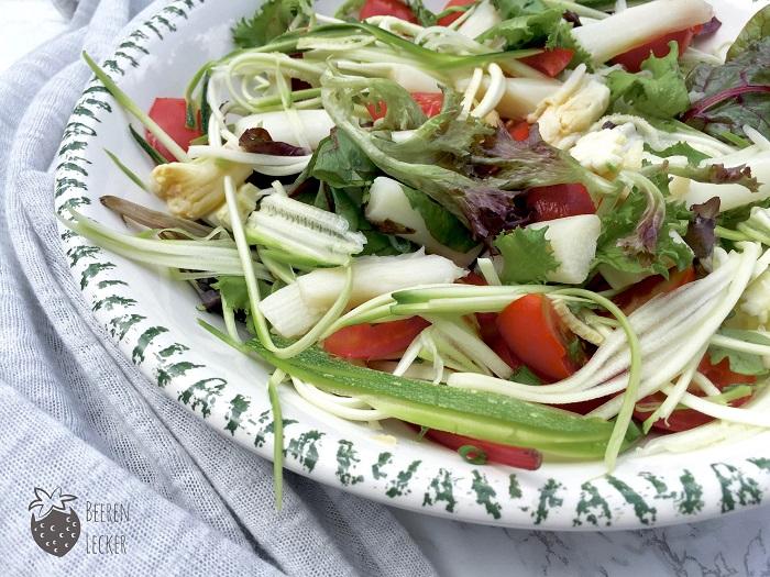 Veganer Spargel Zucchini Salat